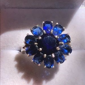 Vintage Sterling Silver Blue Stones Flower Ring